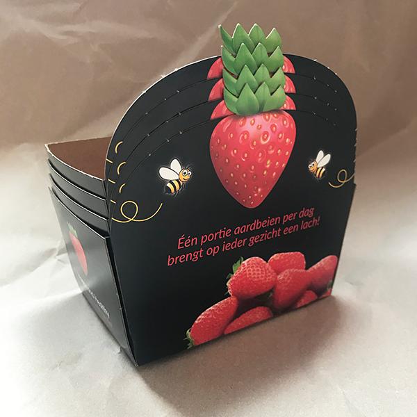 Aardbeienbakje gestanst detail